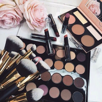 Picture for category Eyeshadow