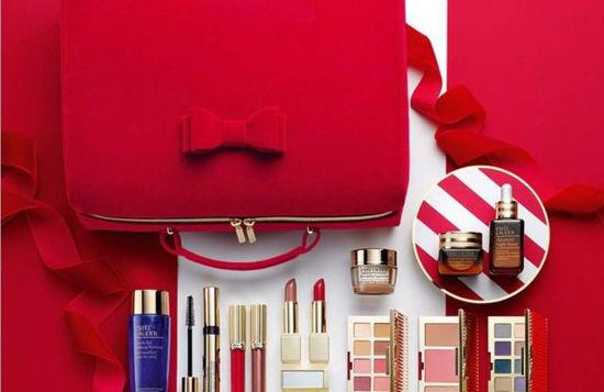 Buy Estee Lauder Make Up Gift Set at low price